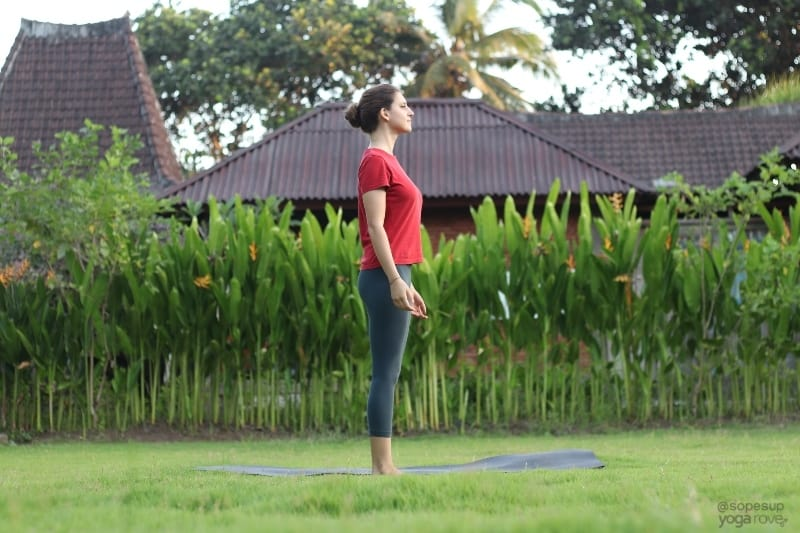 Yoga Poses for Beginners: Mountain Pose