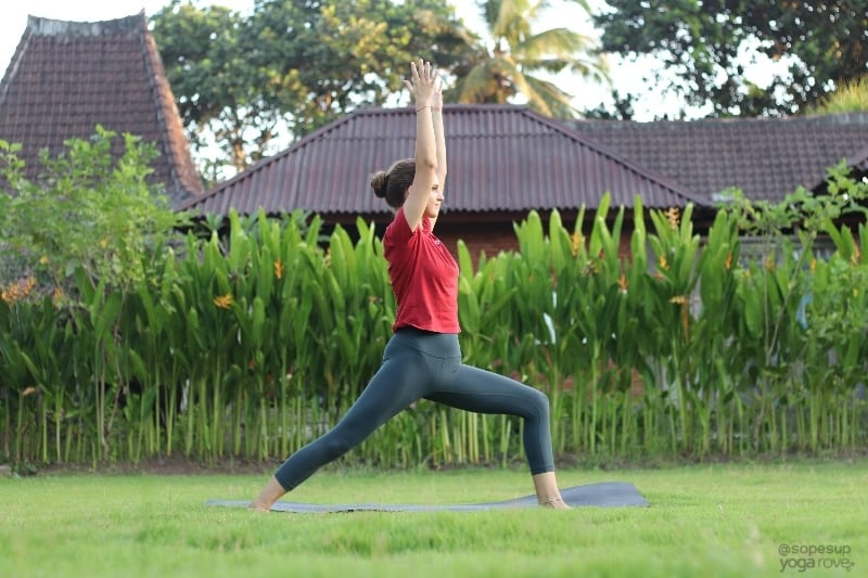 Yoga Poses for Beginners: Warrior I